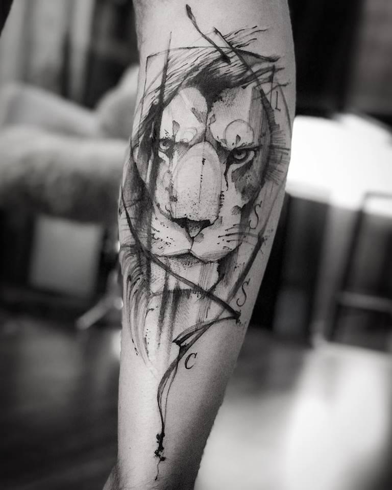 leão tatuagem art tattoo victor montaghini